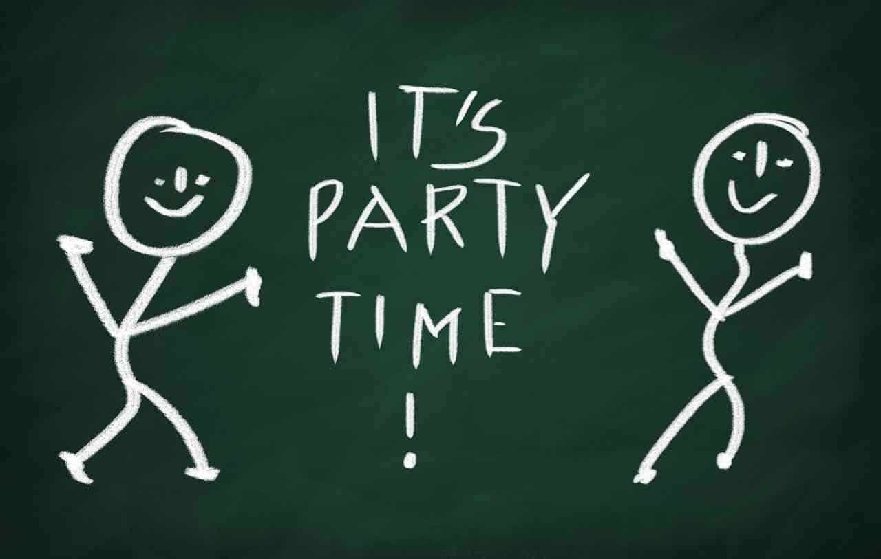 Fun Summer Office Party Ideas from thegrablegroup.com