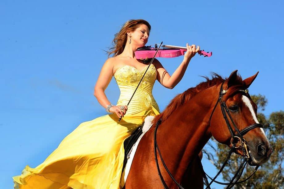 string angels horse