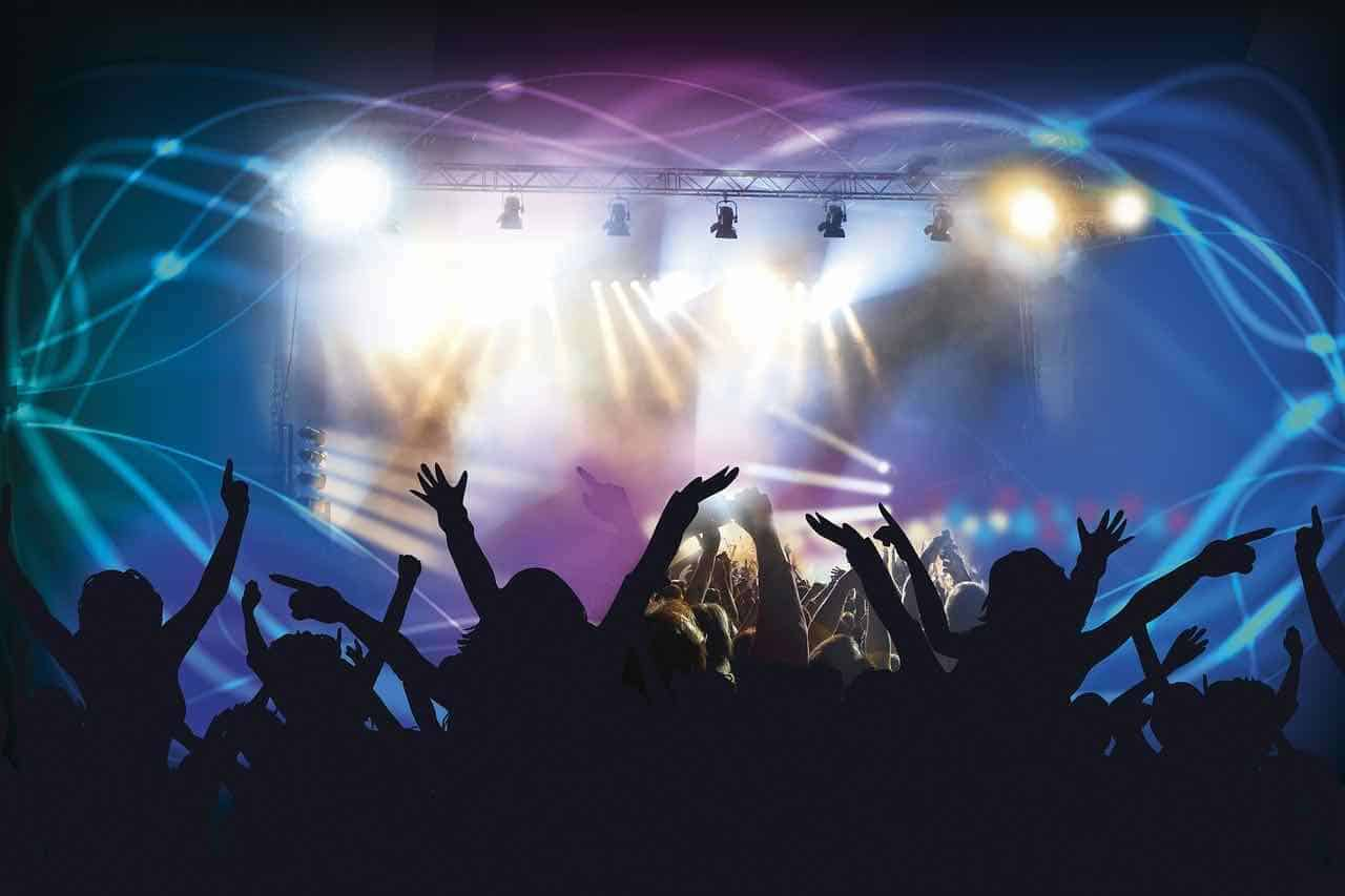 Music for Corporate Events: Top Reasons to Consider Dueling DJ's